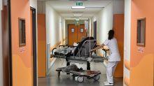 """À l'hôpital marseillais de la Timone, le service de réanimation """"proche de la saturation"""""""