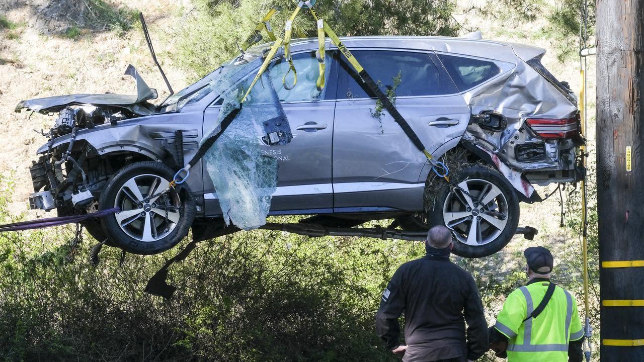 Tiger Woods Crash - Elin Nordegren Helped Kids See Tiger ...