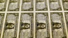 Dólar sobe e encosta em R$3,37 com exterior, sem tirar foco da cena política local