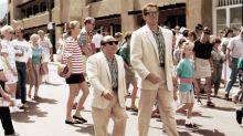 Schwarzenegger diz que sequência de 'Irmãos Gêmeos' vem aí, com Eddie Murphy no elenco