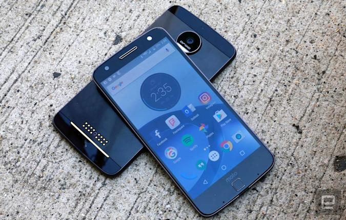 Moto Z phones are Daydream ready thanks to Android Nougat update