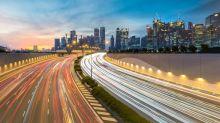 Economic gap between Singapore, Malaysia shrinking