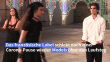 Dior schickt nach Corona-Pause wieder Models über den Laufsteg