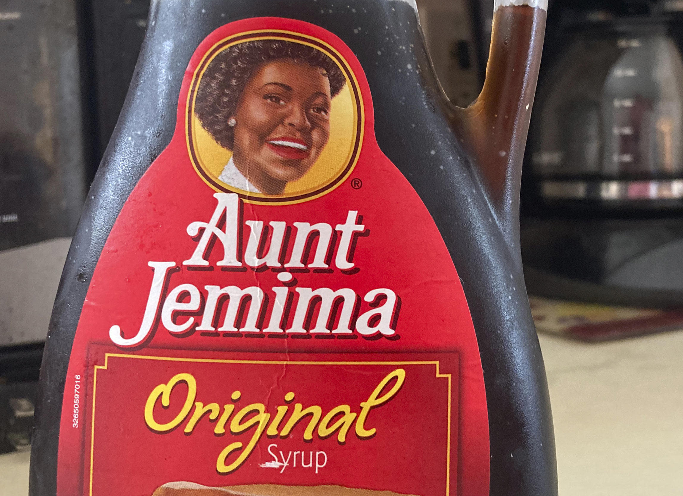 Aunt Jemima changing its name and image