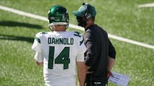 Jets coach Adam Gase sticking with Sam Darnold amid early struggles