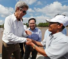 Back in the delta, US envoy Kerry meets Viet Cong foe