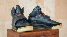Schuhe von Kanye West für 1,8 Millionen Dollar versteigert