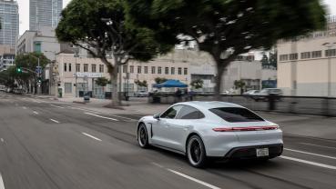 Porsche 公開讓 Taycan 反覆彈射起步不過熱的黑科技