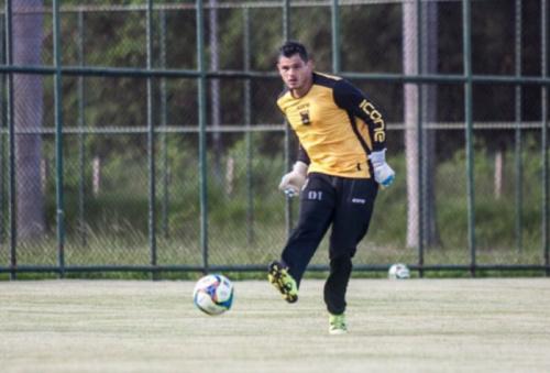 Goleiro do Voltaço promete time forte contra o Flamengo
