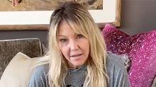 """Heather Locklear reaparece saludable y bromista: """"Las raíces de Amanda Woodward están vivas y coleando"""""""