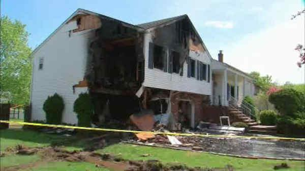 Garbage truck smashes into home in New Jersey