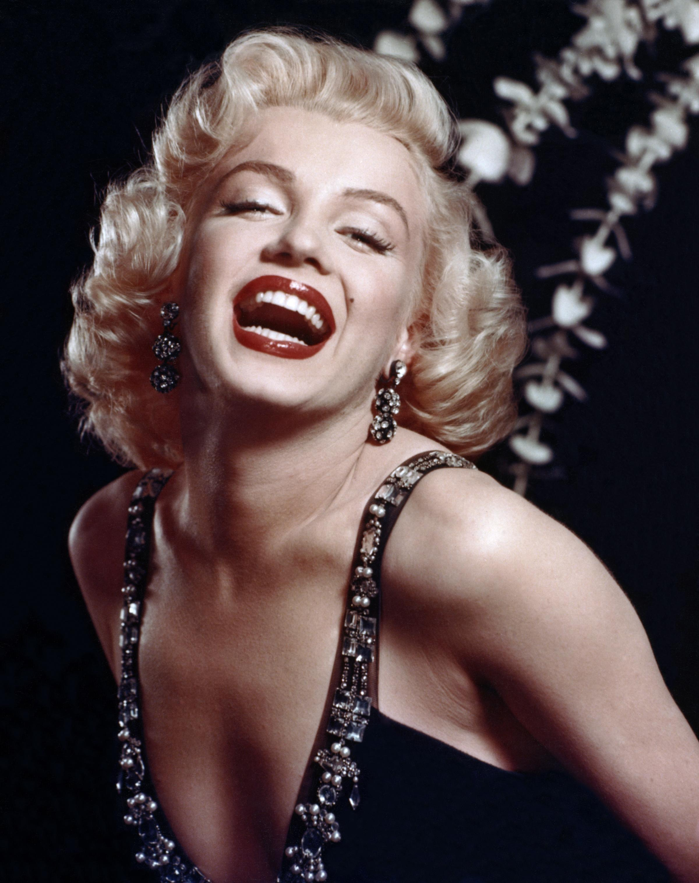 Snapchat Marilyn Monroe nudes (48 foto and video), Topless, Is a cute, Feet, cameltoe 2015