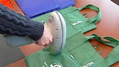 Health Experts Look At Reusable Bags For Lead Content