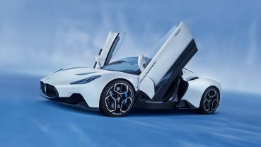 100% 義大利製造,Maserati MC20 奪下「2021年度最美超跑」頭銜