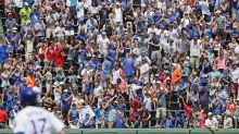 Cubs, White Sox increasing to 60% fan capacity later this month; introduce vaccinated-only sections