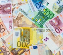 EUR/USD Continues With Downtrend