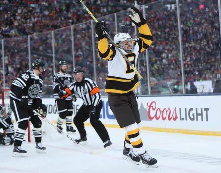 NHL  Winter Classic-Boston Bruins at Chicago Blackhawks e7e293a24