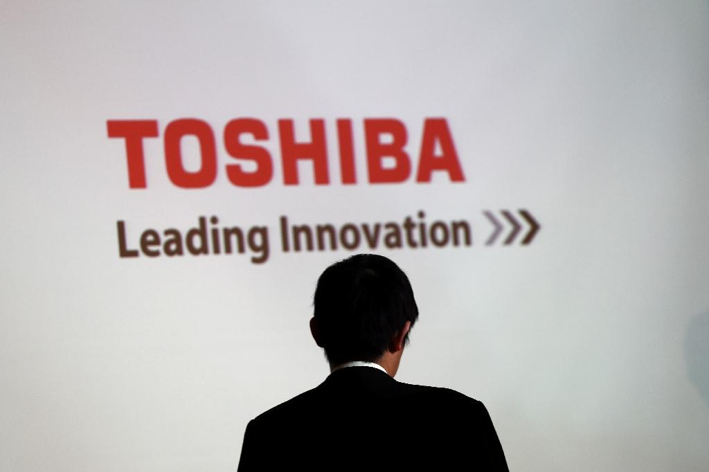 Toshiba's woes continue to pile up