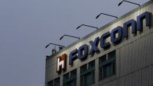 Wisconsin board clears way for $3 billion Foxconn deal