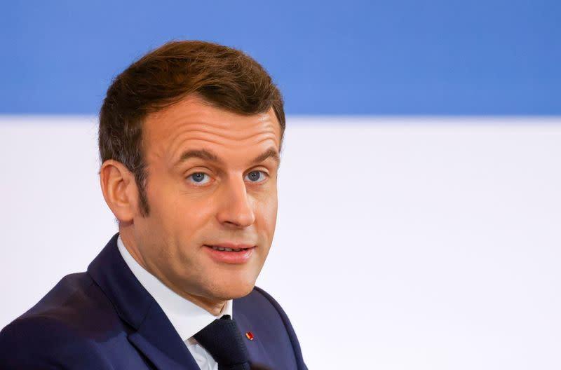 Macron félicite Biden, salue le retour des USA dans l'Accord de Paris