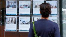 As occupancy falls again, apartment landlords sweeten the pot