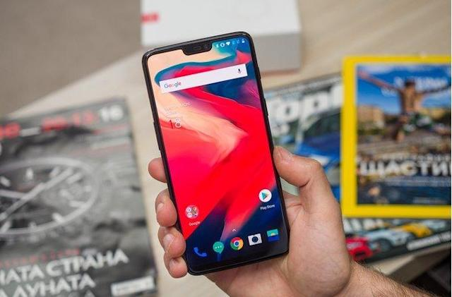 OnePlus 6 face unlock can be fooled by a simple printout