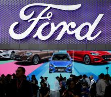 Ford CEO seeks to rally dealers as shares sink to new low