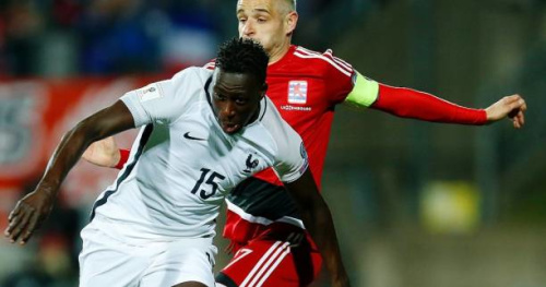 Bleus - Équipe de France : Benjamin Mendy touché à un pied et aux soins