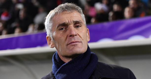 Foot - C1 (F) - OL - Lyon : Gérard Prêcheur agacé par le retard