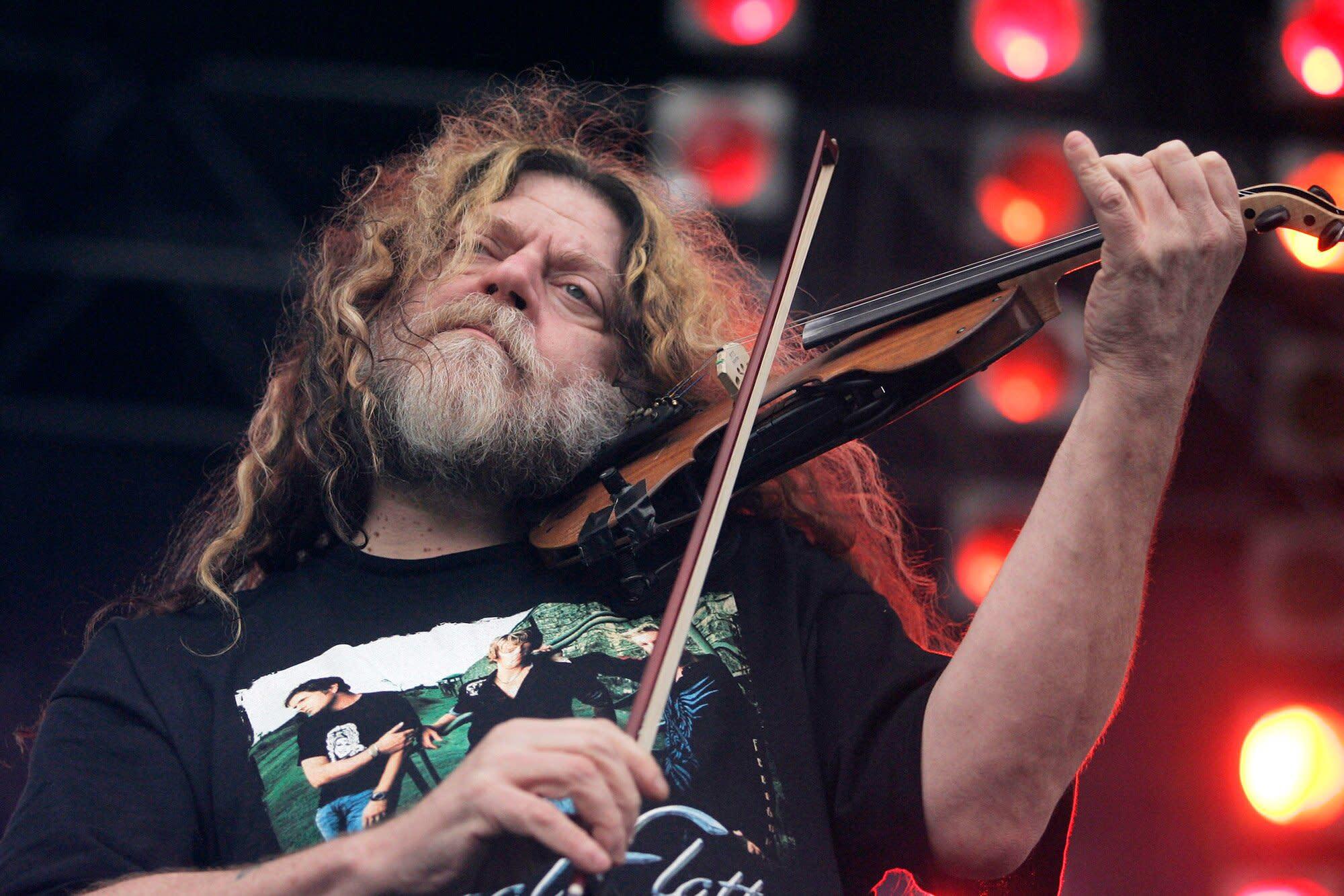 Falece Robby Steinhardt, vocalista e fundador do Kansas