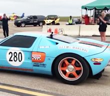 Watch a Twin-Turbo Ford GT Go From Zero to Nearly 300 MPH in One Mile