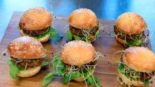 Neuer Schweizer Food-Trend: Insekten-Burger aus dem Supermarkt