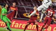 Juventus e Napoli se enfrentam no Italiano numa rodada ameaçada pela covid-19
