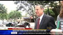 Mayor Filner attends meeting despite more calls to step down