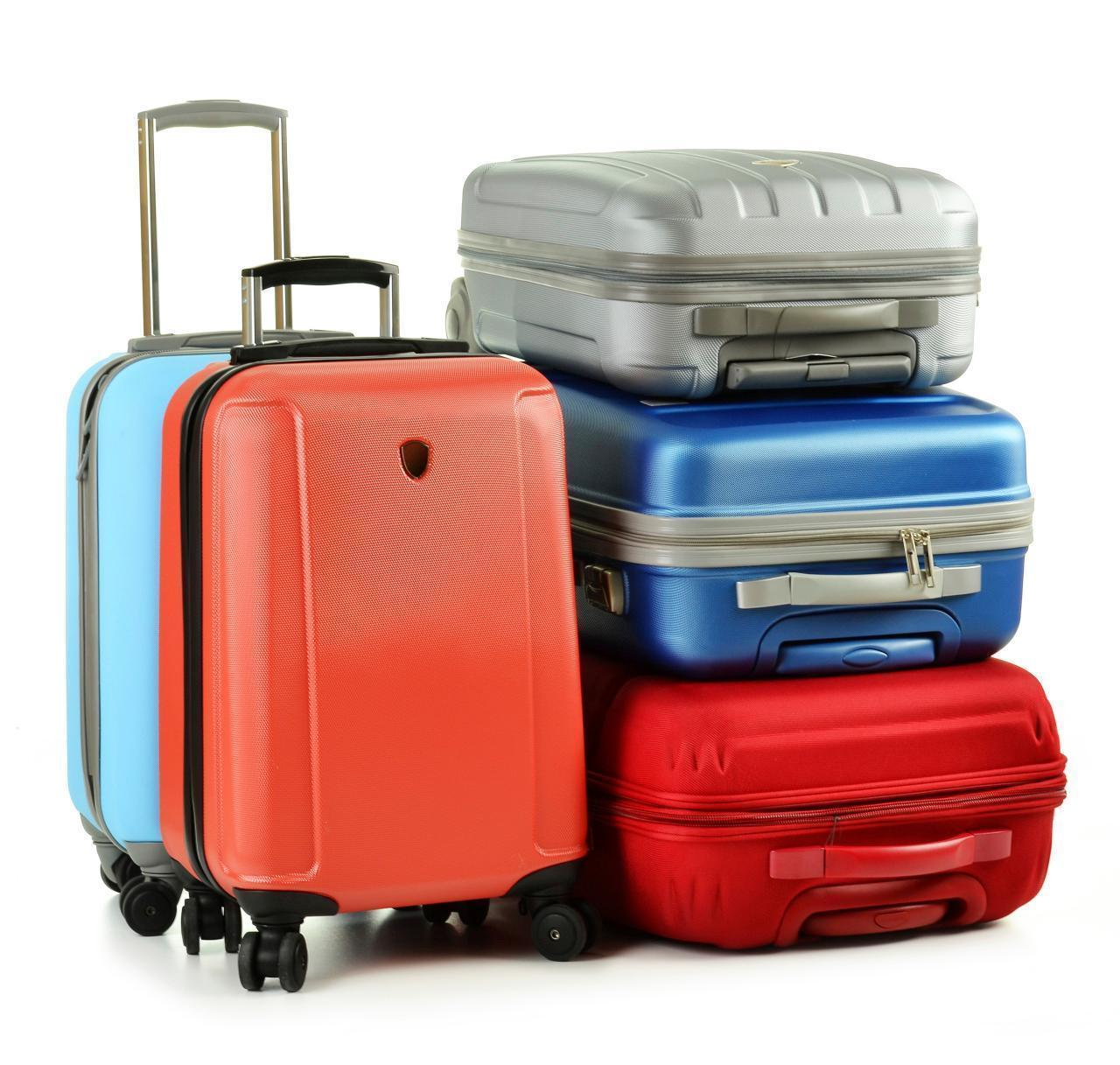 things to know before buying luggage on black friday -