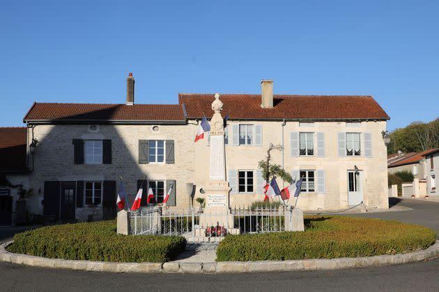 A Colombey Les Deux Eglises Bientot Un Stade Charles De Gaulle