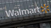 Walmart to require US customers to wear face masks