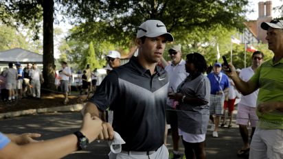 Leaderboard: Paul Casey takes solo lead