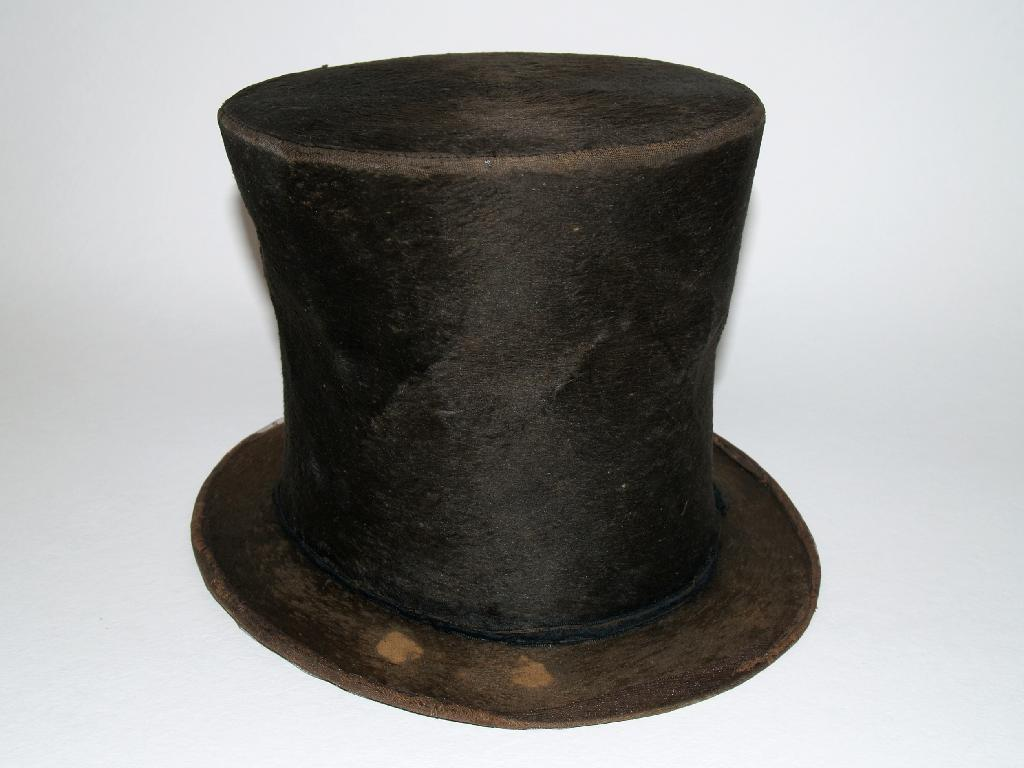 The stovepipe hat which DNA testing did not conclusively show had belonged to President Abraham Lincoln (AFP Photo/HO)