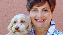 Com doença terminal, mulher planeja casamento com seu cachorro