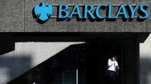 Barclays, presionado por sus accionistas ante la crisis climática