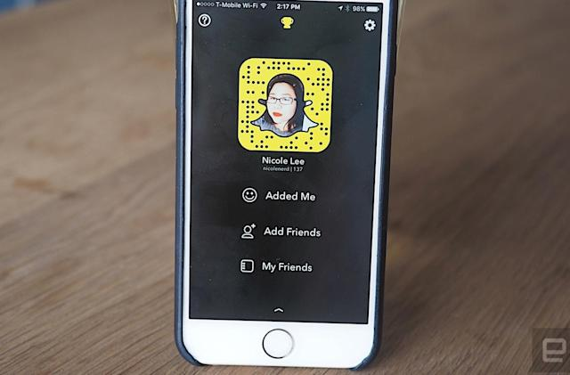 Snapchat now lets you 'send and request' location info with friends (updated)