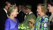 Queen sends message of condolence to Dame Vera Lynn's family