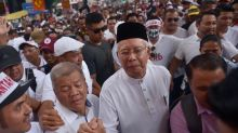 Kit Siang: Najib's presence at anti-ICERD rally an endorsement of his administration's wrongdoings