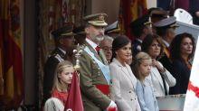 Letizia Ortiz elige el blanco roto en el Día de la Hispanidad 2018