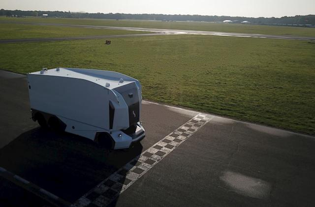 Watch Einride's autonomous truck take on the 'Top Gear' track
