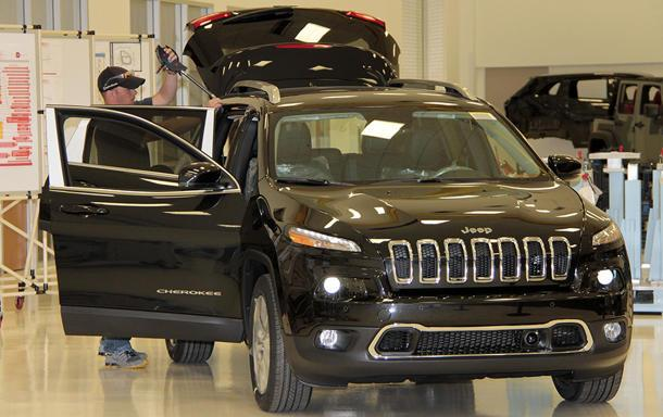 Jeep Cherokees Missing In Action As Thousands Stack Up At