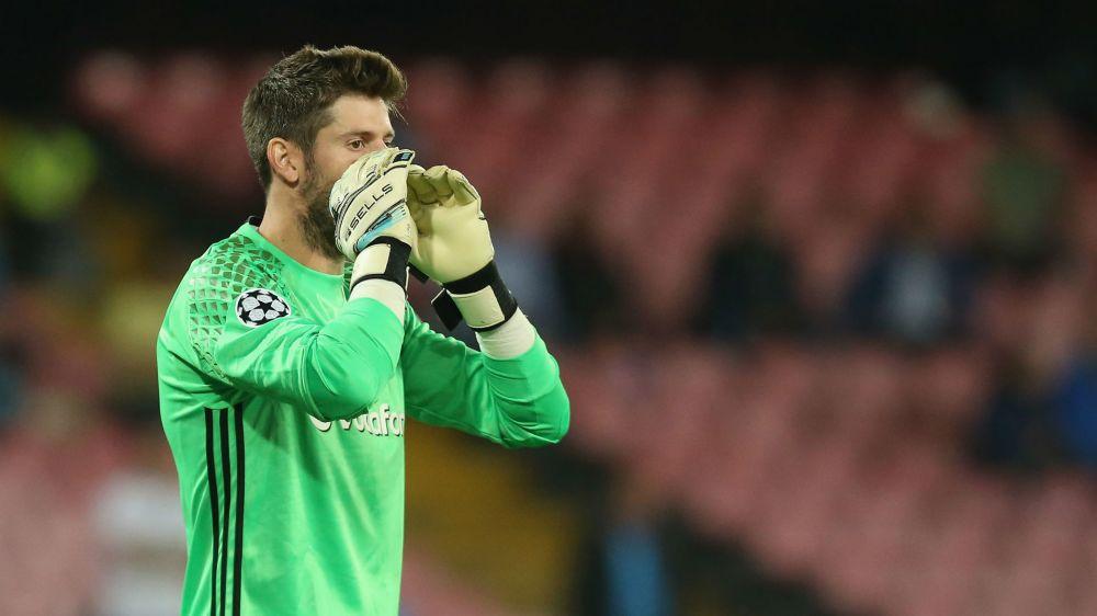 Lyon 2 Besiktas 1: Calamitous Fabri hands Ligue 1 side the advantage