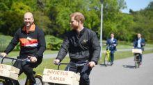 El príncipe Harry habla de la muerte de su madre tras convertirse en padre