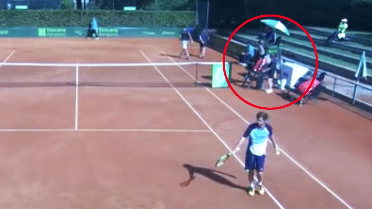 Tennis Umpire Suspended For Calling Ball Girl Very Sexy